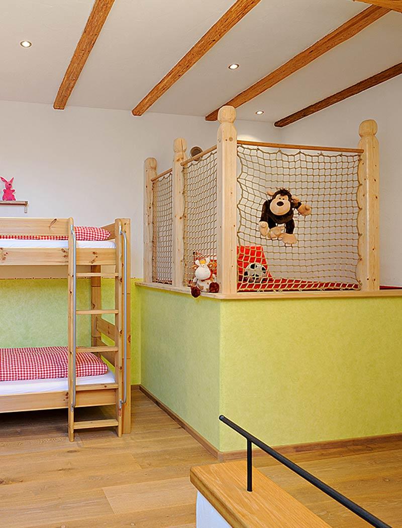luxusferienwohnung urlaub auf dem bauernhof ferienwohnung am scheunentor chiemgau chiemsee bayern. Black Bedroom Furniture Sets. Home Design Ideas